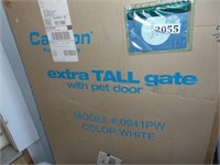 (New) Carlson Extra Tall Gate w/ Pet Door