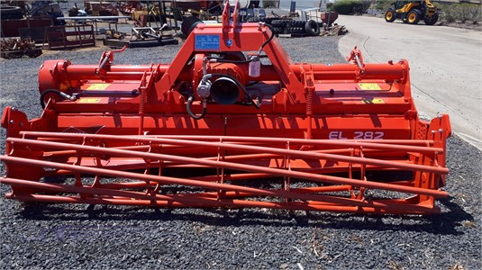 0 Kuhn EL282-300 Black Truck Sales - Farm Machinery for Sale