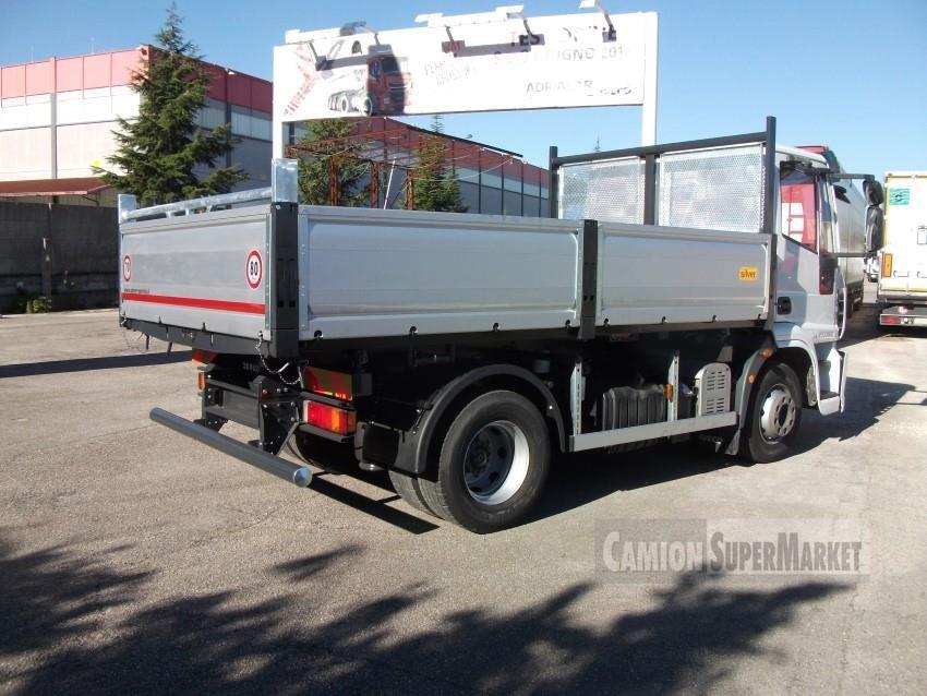 Iveco EUROCARGO 140E22 used 2010