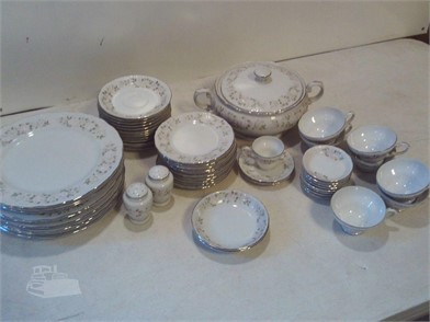 D44 Sheffield Fine China Japan Classic Other Items For Sale