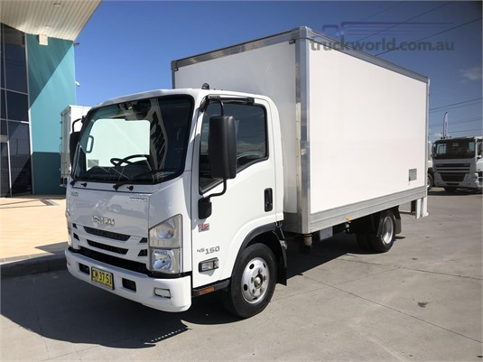 2017 Isuzu NNR 200 - Trucks for Sale