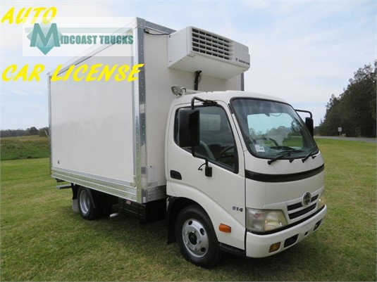 2011 Hino 300 Series 614 Auto Midcoast Trucks - Trucks for Sale