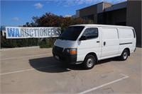 2002 Toyota Hiace LWB Van