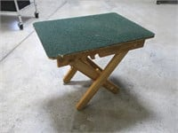 Fold up bench/table