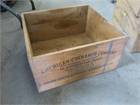 American Cyanamid Co. dovetailed wood box -