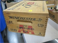 Winchester advertising box with top