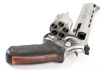 Gun Taurus Raging Bull DA Revolver in 454 Casull