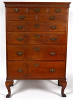 Fine Octorara (PA or MD) walnut chest of drawers, from a Texas private collection
