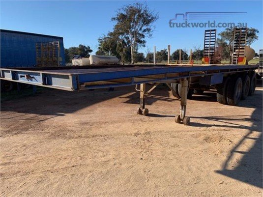 1984 Freighter Flat Top Trailer - Trailers for Sale
