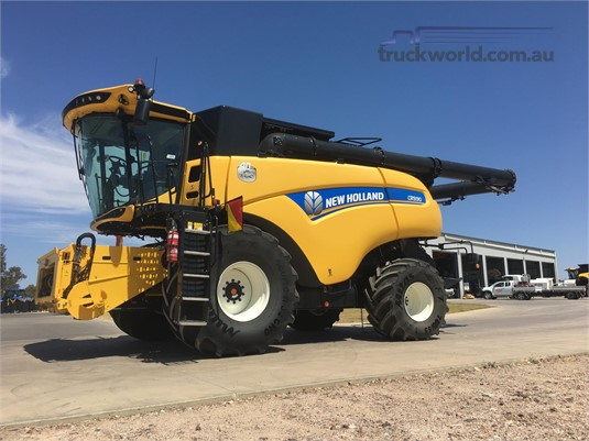2016 New Holland CR9.90 Black Truck Sales - Farm Machinery for Sale
