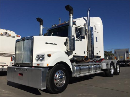 2014 Western Star 4964FX - Trucks for Sale