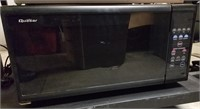(15) Quasar Microwave Oven  $20.00 Reserve