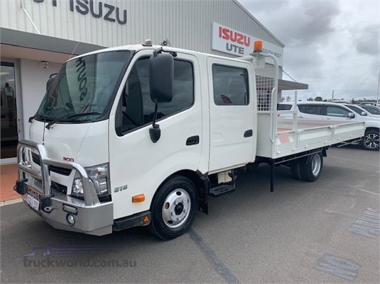 2016 Hino 300 Series 616 Long Crew Auto South West Isuzu - Trucks for Sale