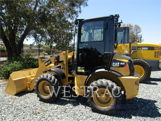 2014 Caterpillar 903C - Heavy Machinery for Sale