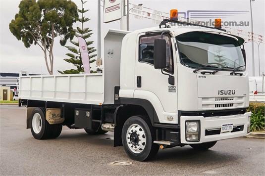 2009 Isuzu F WA Hino - Trucks for Sale