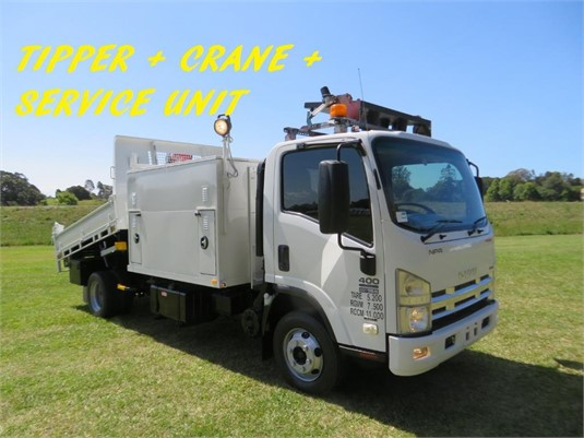 2009 Isuzu NPR 400 Premium - Trucks for Sale