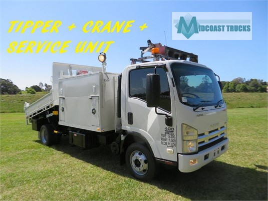 2009 Isuzu NPR 400 Premium Midcoast Trucks - Trucks for Sale