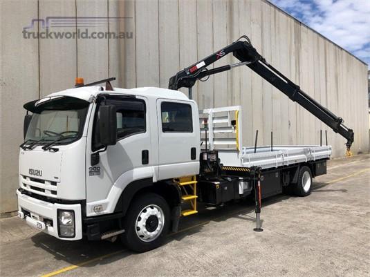 2010 Isuzu FTR 900 Long - Trucks for Sale