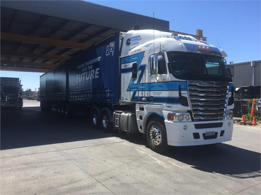 2012 Freightliner Argosy - Trucks for Sale