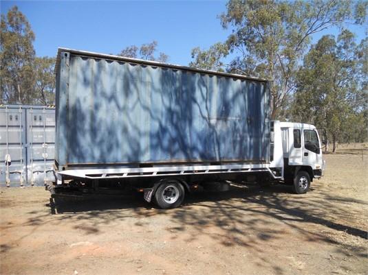 1997 Isuzu FRR 550 Long - Trucks for Sale