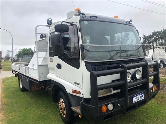2006 Isuzu FRR - Trucks for Sale