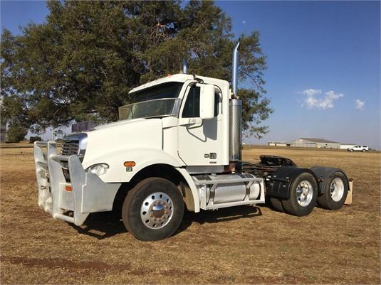 2005 Freightliner other - Trucks for Sale