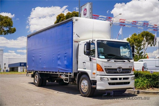 2017 Hino 500 Series WA Hino - Trucks for Sale