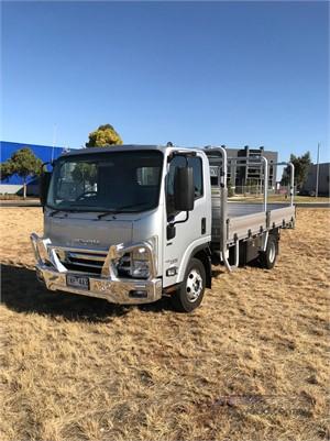 2019 Isuzu NPR Westar - Trucks for Sale