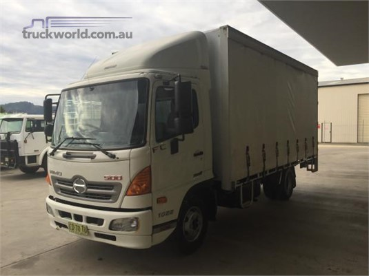 2015 Hino 500 Series 1022 FC - Trucks for Sale