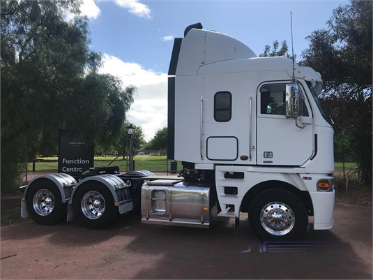 2012 Freightliner Argosy 101 - Trucks for Sale