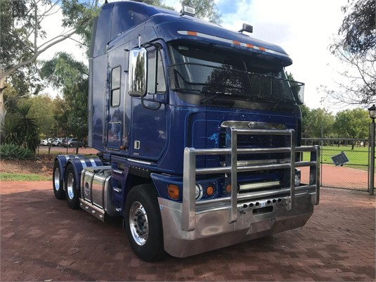 2006 Freightliner Argosy 101 - Trucks for Sale