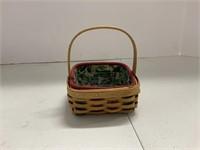 Christmas lot-2005 basket set