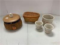 Halloween lot-basket with Halloween decor