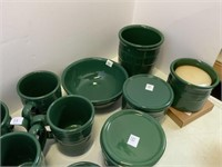 Ivy pottery lot