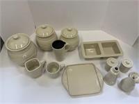 Ivory pottery lot