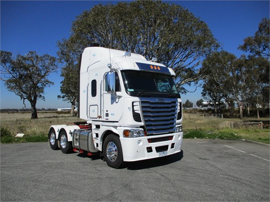 2014 Freightliner Argosy - Trucks for Sale