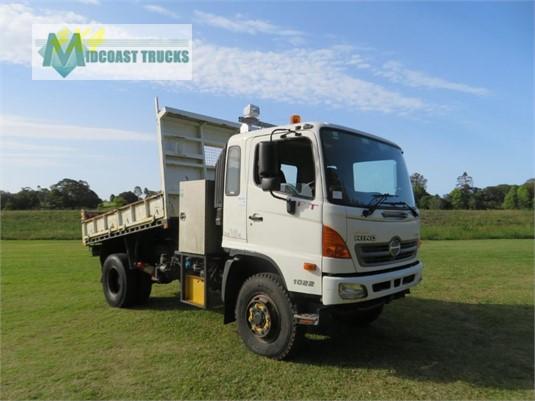 2010 Hino FT 4x4 Midcoast Trucks - Trucks for Sale