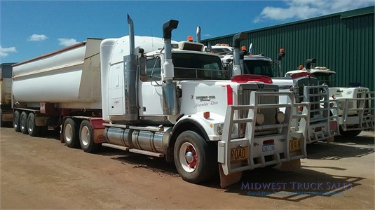 2001 Western Star 4900 Midwest Truck Sales  - Trucks for Sale
