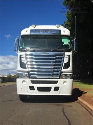2019 Freightliner Argosy 110 - Trucks for Sale