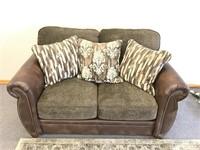 NEW Jackson Furniture Pennington Love Seat