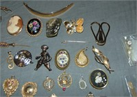 Gold Jewelry Estate Lot.
