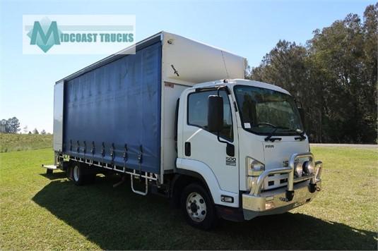 2015 Isuzu FRD 500 X Long Midcoast Trucks - Trucks for Sale