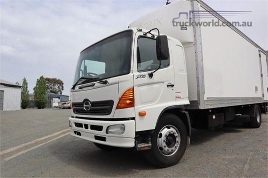 2006 Hino FG - Trucks for Sale