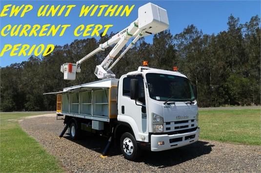 2012 Isuzu FRR500 - Trucks for Sale