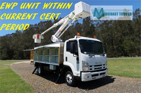 2012 Isuzu FRR500 Midcoast Trucks - Trucks for Sale