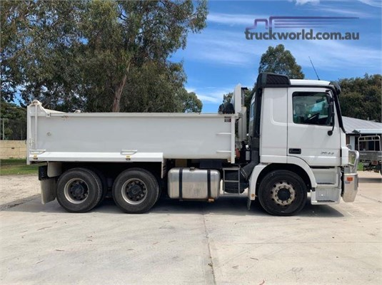 2005 Mercedes Benz Actros 2644 - Trucks for Sale