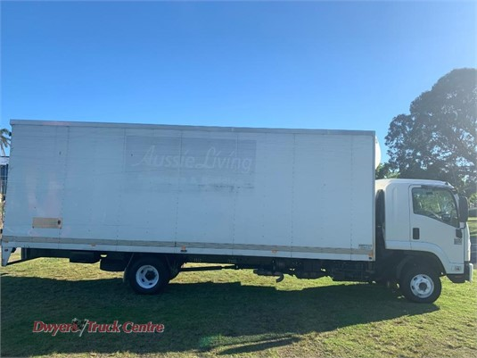 2009 Isuzu FRR 600 XLong Dwyers Truck Centre - Trucks for Sale