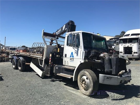 1995 Freightliner Columbia - Wrecking for Sale