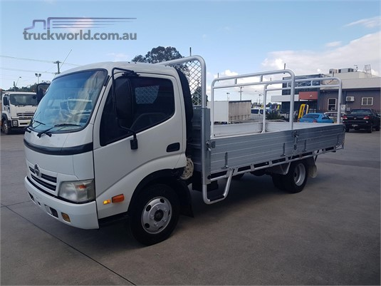 2008 Hino 300 Series 616 - Trucks for Sale