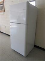 Frigidaire FFHT2032TP1 refrigerator